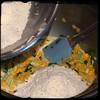 #Homemade #FrittelleFioriDiZucca #CucinaDelloZio - add flour mixture