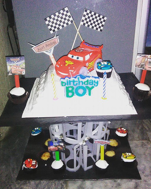 Cars Themed Cake by Cupcake House