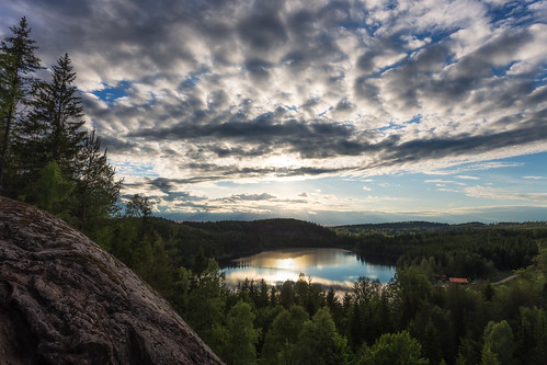 trees light sunset sky sun house mountain lake clouds forest high rays beams molla stensjön herrljunga canon6d fluxberget