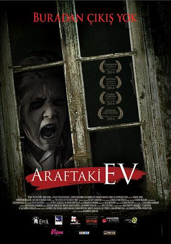 Araftaki Ev - La Casa Del Fin de Los Tiempos (2015)