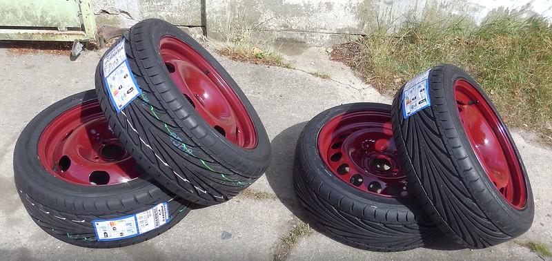 changement de pneu!! 18981422460_e6cfb3c533_c
