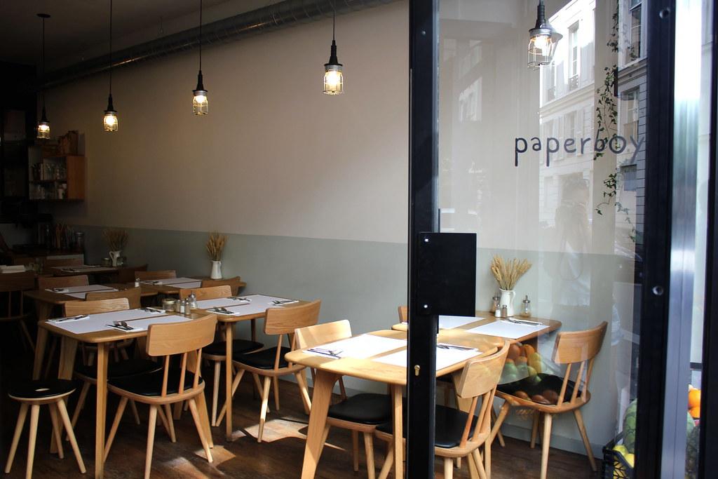 Paperboy Paris
