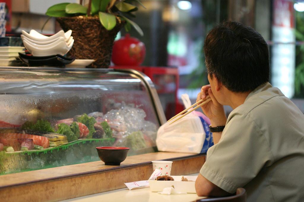 許多來店客人直接點便當就吃,還蠻方便的....