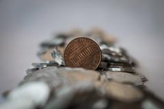 Entre pesos un centavo