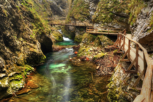 autumn alps river slovenia gorge slovenija slovenie vintgargorge