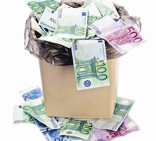 Rutigliano- Noicattaro sospende il piano dei rifiuti -soldi-rifiuti