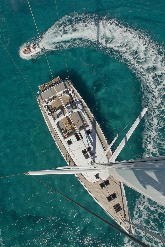Jeanneau Yachts 64 | Life aboard the Jeanneau Yacht 64 is li… | Flickr