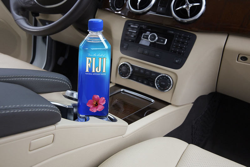 Fiji_700ml_Water_Car_Interior_04_0521_Horizontal