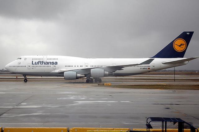 Lufthansa 747-400 D-ABVU