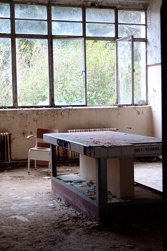 Sterilization room, 2005 by polanri on Flickr