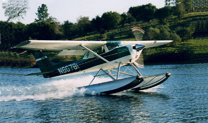 Cessna 150-150 float plane.