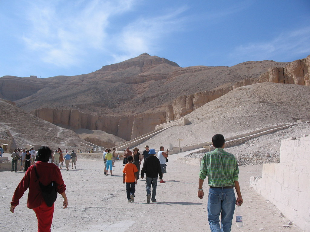 Valley of the Kings photo courtesy of jay8085 on Flikr