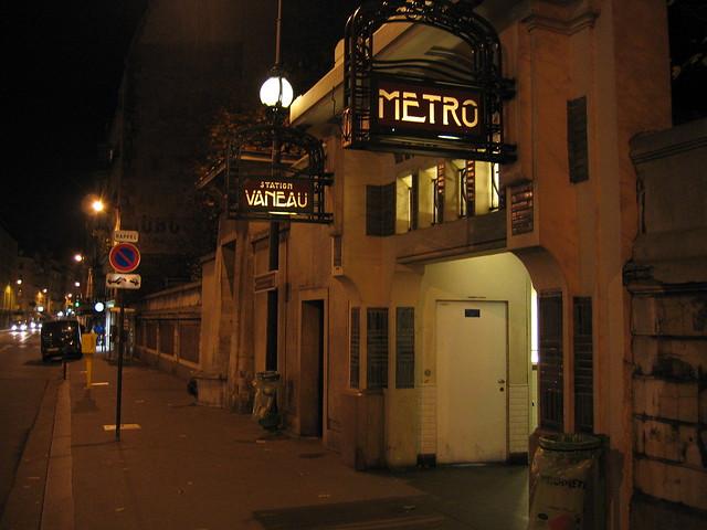 Metro vaneau