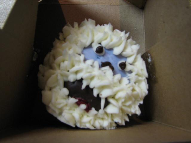 Abominable Snowman cupcake