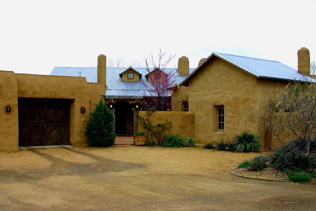 Northern new mexico style house flickr photo sharing for Home builders new mexico