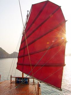 8297 - vietnam - Traditional junk-boat sail