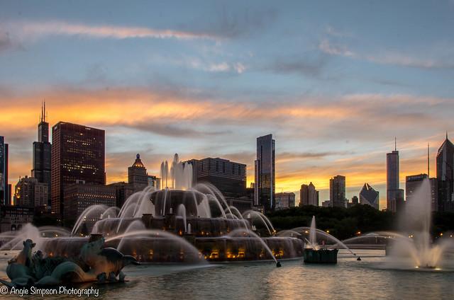 fountain sunset (1 of 1)