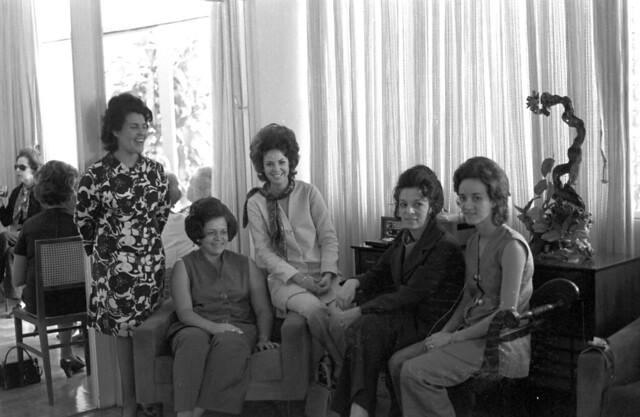 Reunião de senhoras em Águas Claras em 11/09/1970