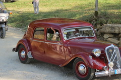 automobile, vehicle, mid-size car, citroã«n traction avant, antique car, sedan, classic car, vintage car, land vehicle, motor vehicle,