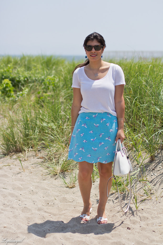 white tee, blue scalloped honey bee skirt, white bag-1.jpg
