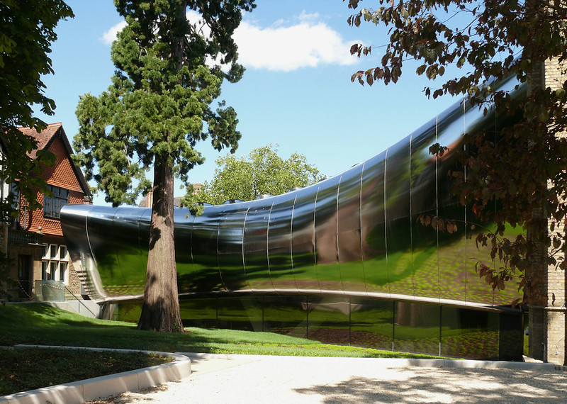 Middle East Centre, St Anthony's College, Oxford by Zaha Hadid 1