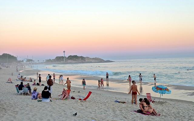 Ipanema, Rio de Janeiro, Brazil 3 by docgelo