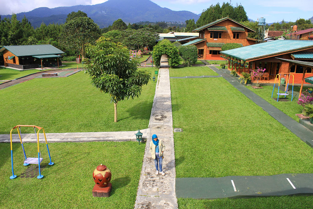 9-lembah-bougenville-resort---cibodaslembang.wordpress.com