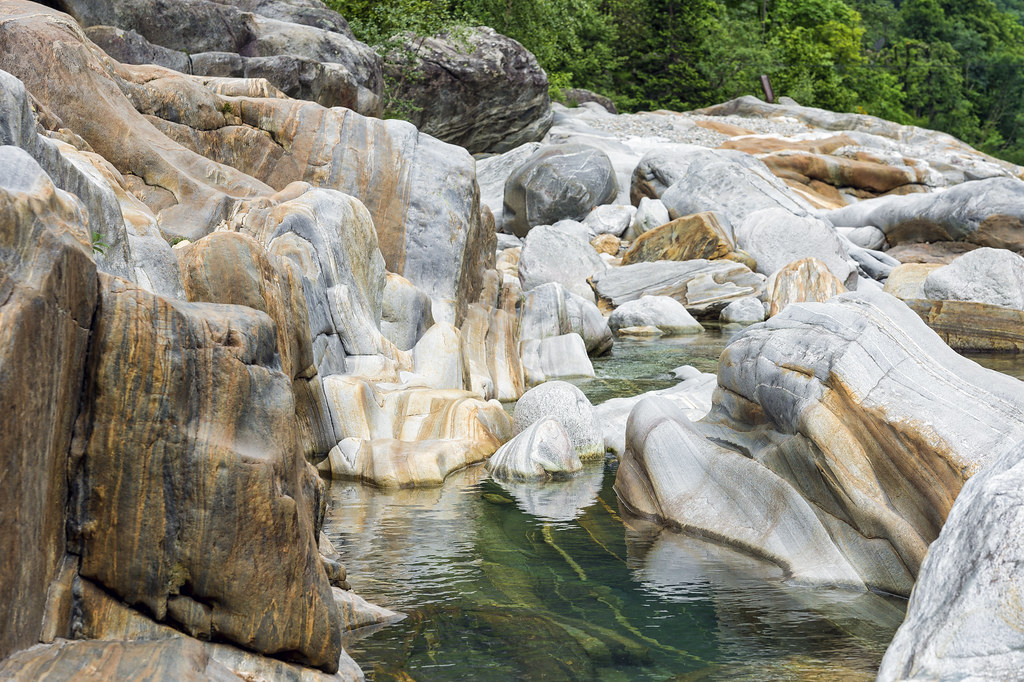 The rocks of the Valle Verzasca II