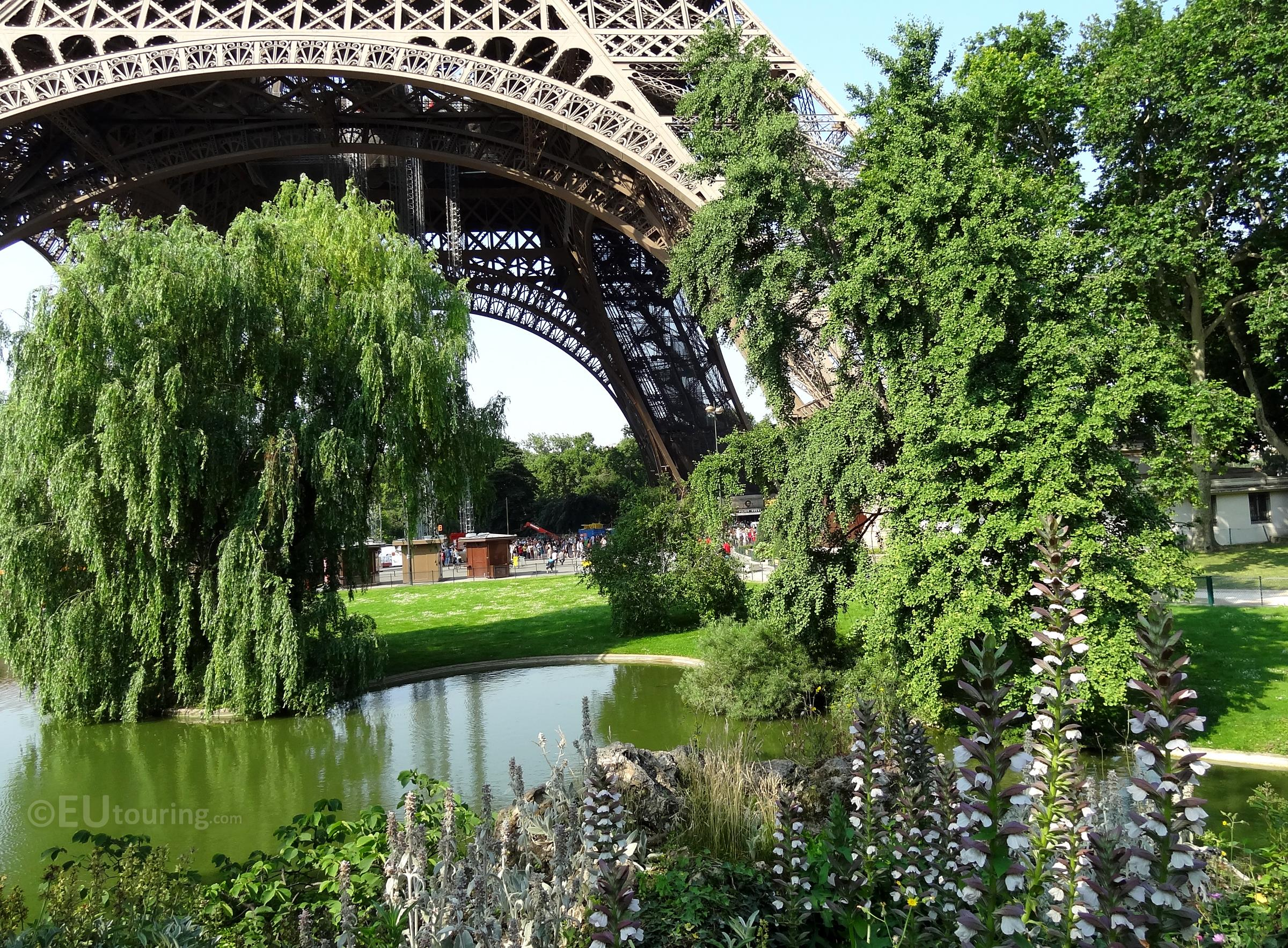 Gardens at the Eiffel Tower