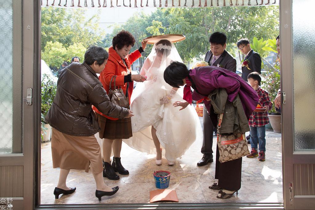 台南婚攝-炳男&慧玲-迎娶儀式 (66)