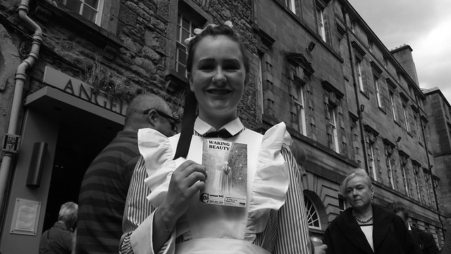 Edinburgh Fringe on the Mile 2015 026