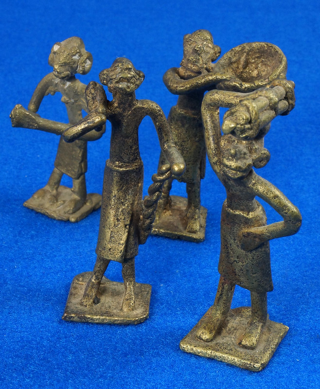 RD15104 4 Vintage African Hand Made Folk Art Primitive Figurines Solid Cast Brass Burkina Faso Yoruba West Africa DSC07114