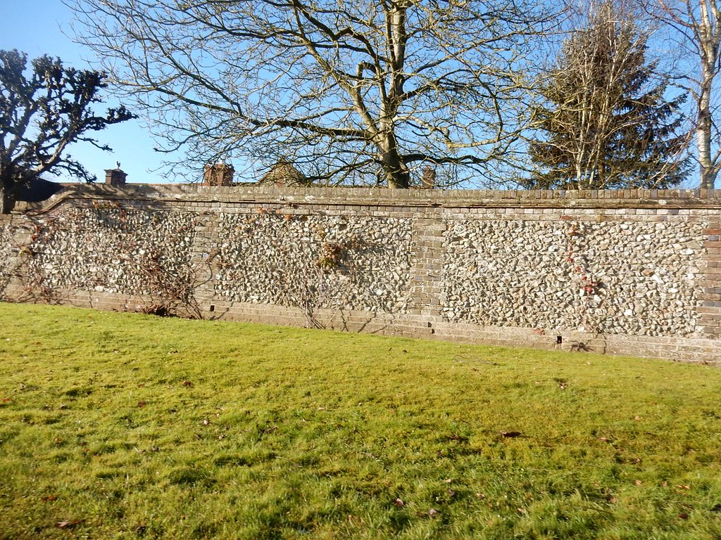 Missenden House (wall of) Great Missenden to Amersham