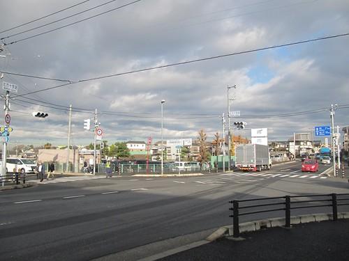 中山競馬場近くの北方十字路