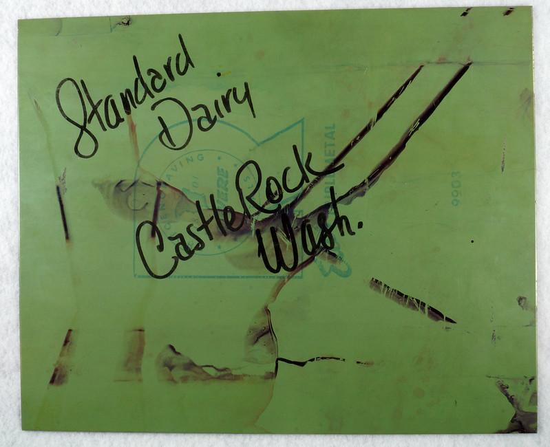 RD7629 Vintage Longview Daily News Metal Photo Advertising Plate Standard Dairy Castle Rock, Wash. DSC07928