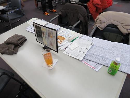 中山競馬場のゴンドラ指定席の机