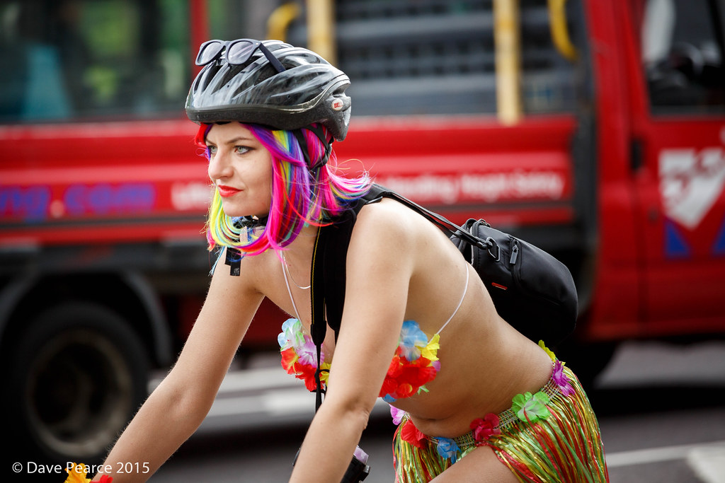iParty: World Naked Bike Ride | Entertainment | stltoday.com