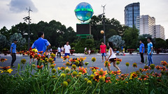 Weekend activities at Saigon De Lê Lai park, District 1.
