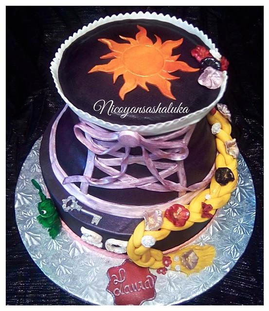 Cake by Nicoyansashaluka