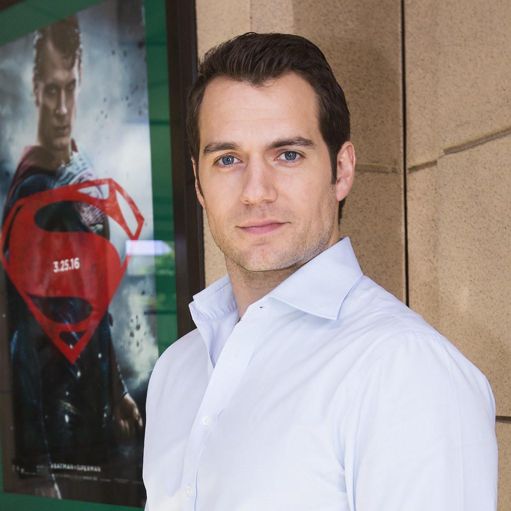 Генри Кавилл — Пресс-конференция «Бэтмен против Супермена» 2016 – 64