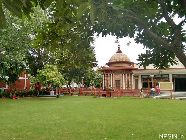 A green view of Maa Durga Mandir