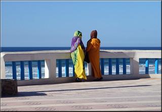 Aglou Plage görüntü. aglouplage maroc morocco women colours