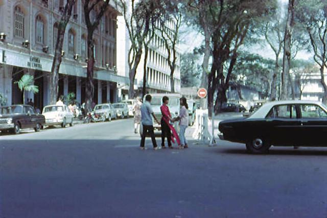 SAIGON 1967-68 by Rodger Fetters - Công trướng Lam Sơn