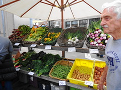 whole food, market, greengrocer, produce, food, marketplace, city, public space, grocery store, local food,