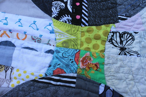 High Contrast Drunkards Path Baby Quilt