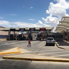 When I'm #chilling by the #border #ElPaso #Juarez #Mexico #UnitedStates #Texas