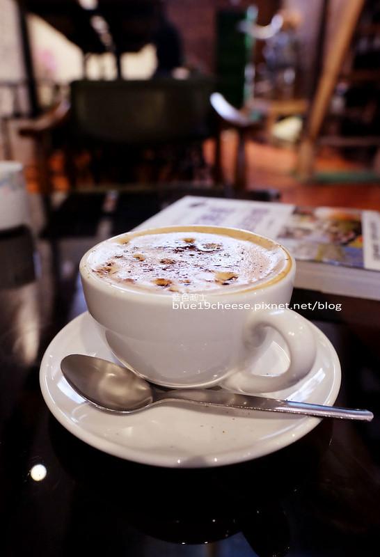 32272642452 c278ebc98a c - Toyohara Coffee Roasters-豐原日據時期百年老建築.有著對老宅和咖啡的熱愛熱情.台中豐原老屋老宅咖啡館.豐原火車站商圈