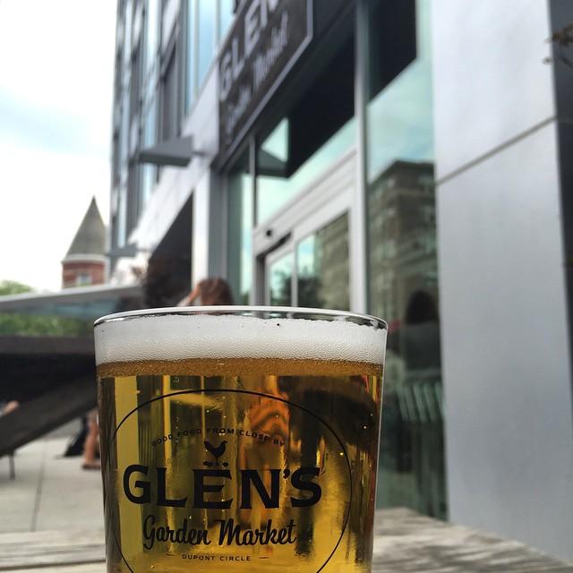 Best deal in the city - $4 beer at Glen's Garden Market #igdc #beer #lifeiswanderfood #dupontcircle