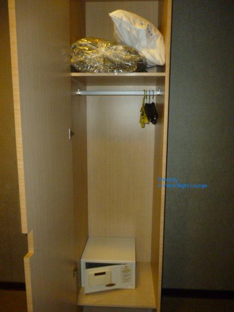 7儷達商務飯店 衣櫃及個人密碼保險箱