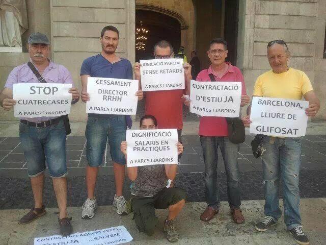 protesta CGT parcs jardins bcn previ al ple municipal de bcn